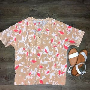 🙈NEW YORK & COMPANY🙈 floral blouse